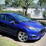 The Fiesta ST looks stunning under the Brazilian sun in Performance Blue